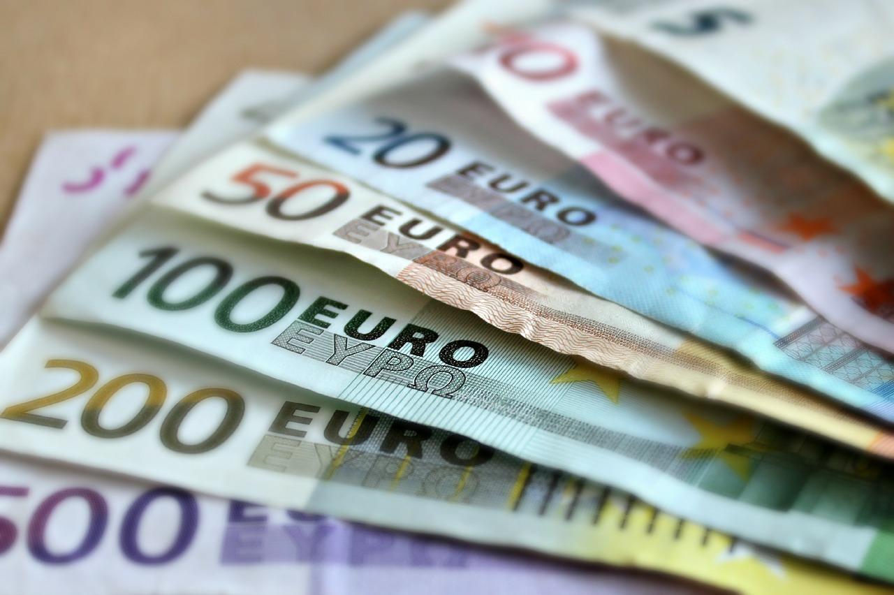 Har I husket at hæve Euro til ferien?