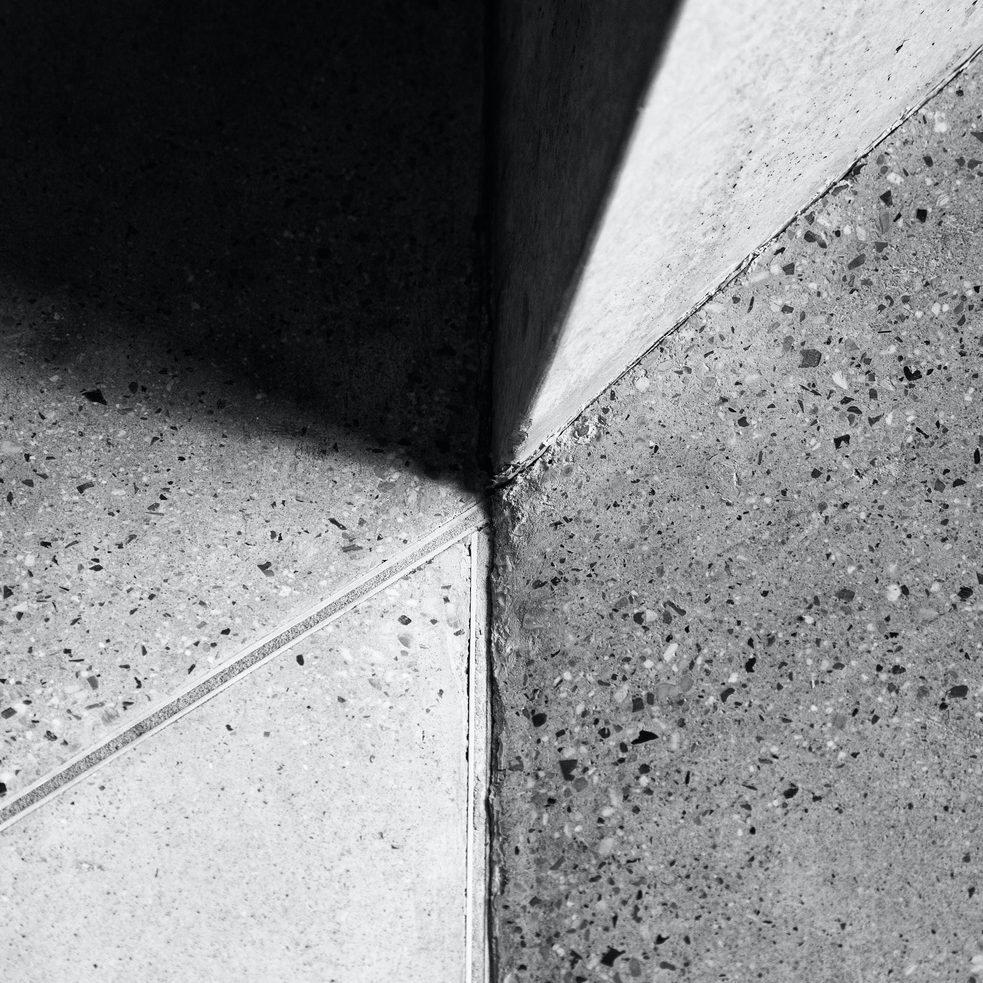 Brug sommerferien på at lægge betongulv